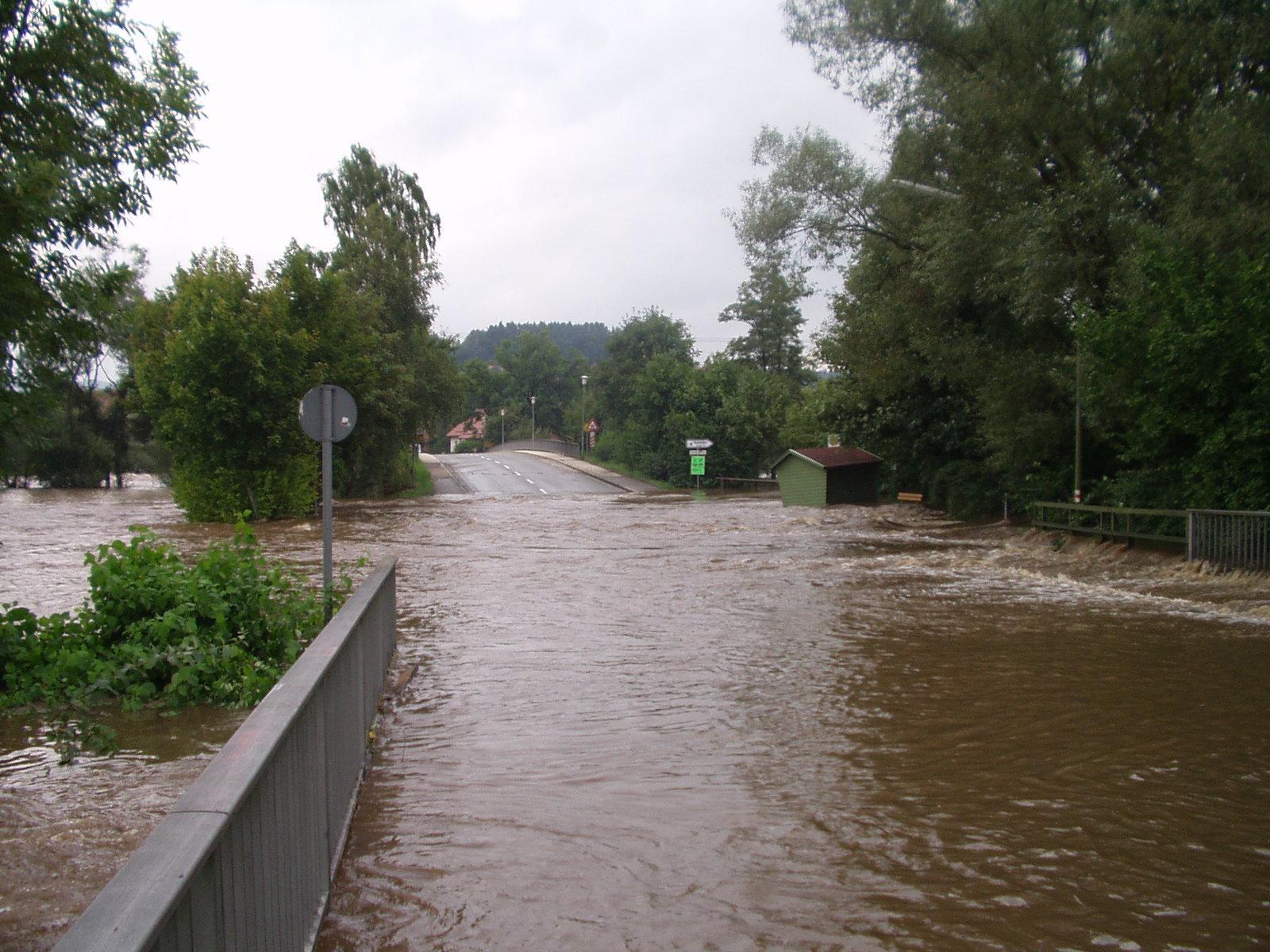 hochwasser2002-1.jpg